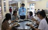 Thí sinh, phụ huynh được ăn ở miễn phí tại điểm thi vào lớp 10 đặc biệt ở Huế