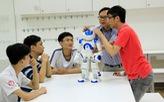 Nhiều lớp tập làm kỹ sư công nghệ cho học sinh