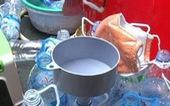 Phát hiện cơ sở sản xuất giấm ăn bằng nước lã và... axit
