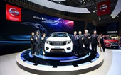 Nissan Navara mới ra mắt khách hàng Việt trên sân chơi công nghệ Chuyển động thông minh