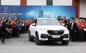 Cận cảnh xe chiếc VinFast Lux SA2.0 đầu tiên vừa xuất xưởng