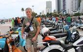 400 xe Vespa và ôtô cổ hội ngộ tại Nha Trang