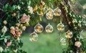 Sân vườn thêm lung linh với 5 ý tưởng treo đèn phong cách Rustic