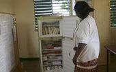 Nguy cơ khiến 3 tỉ người khó tiếp cận vaccine phòng COVID-19
