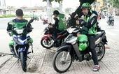 Grab và Gojek thu 'phụ phí' dịp tết 5.000 - 15.000 đồng/chuyến