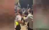 Đánh nhau giữa bảo vệ và một nhóm người trước AEON Tân Phú