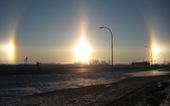 Video '5 mặt trời' mọc cùng lúc, thời khắc hiếm thấy