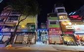 Phố bar, massage Nhật Bản ở quận 1 vắng như… tết