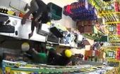 Táo tợn khống chế nhân viên rồi cướp tài sản tại cửa hàng Bách hóa Xanh ở TP.HCM