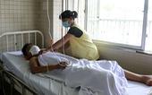 Cắt 1/3 cẳng chân của thiếu niên 15 tuổi bị chém đứt