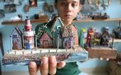 Chàng trai 9X nhặt gỗ vụn, kiếm tiền từ mô hình nhà mini 'siêu cưng'
