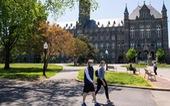 Mỹ nới lỏng hạn chế đi lại với sinh viên quốc tế