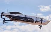 Ô tô đua bay đầu tiên trên thế giới tăng tốc như xe Công thức Một