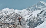 Ngắm những đỉnh núi ở Nepal đẹp lung linh trong tuyết