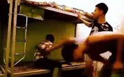 Nam sinh bị đánh hội đồng vì 'không giặt quần áo giúp bạn'