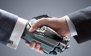 Để 'sống sót' trước thời đại AI: Tăng tốc để không tụt lại