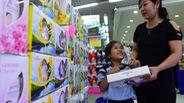 """Thị trường quà tặng ngày Nhà giáo: Khi người bán cũng gửi chữ """"tri ân"""""""