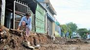 Dự án 'nâng cấp đô thị' băm nát đường