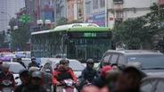Tình người trên xe buýt