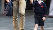 Đồng phục của Hoàng tử George có giá hơn 11 triệu