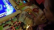 Phía sau trò chơi điện tử ở AEON Mall Tân Phú là đánh bạc