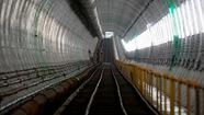 Robot TBM sắp thông đường hầm đầu tiên tuyến metro số 1