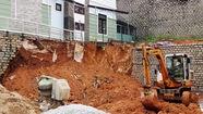 Sập taluy nhà, một công nhân bị đất vùi tử vong