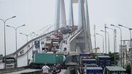 Hàng nghìn ôtô kẹt nhiều giờ trên cầu Phú Mỹ