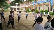 Vận động học sinh đóng tiền... xây dựng nông thôn mới