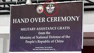 Philippines xin lỗi vì xài hình Đài Loan khi nhận súng Trung Quốc