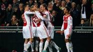 Ajax Amsterdam lần thứ 32 vô địch Hà Lan