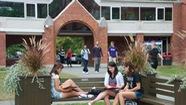 Học phí đại học tại Canada ngày càng tăng cao