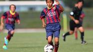 """""""Messi"""" 13 tuổi của bóng đá Nhật Bản đầu quân cho FC Tokyo"""