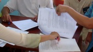 Chứng thực chữ ký trên giấy bán xe có đúng pháp luật?