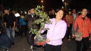 Biển người chen chân đi chợ Viềng 'cầu may' đầu năm