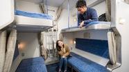 Độc đáo nhà trọ kiểu toa tàu Nhật Bản