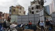 Tháo dỡ 26 căn nhà cuối cùng tại chung cư Cô Giang