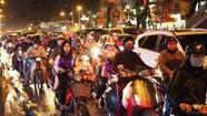 Ông Nguyễn Đức Chung nói hạn chế chứ không cấm xe máy