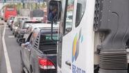 Xe cộ ùn ứ ngày đầu thu phí tuyến tránh thị xã Cai Lậy