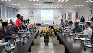 Đoàn đại biểu cấp cao Lào đến thăm Nhà máy Vinamilk