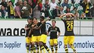 Dortmund khởi đầu ấn tượng ở Bundesliga 2017-2018