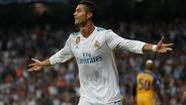 Ronaldo lập cú đúp, R.M thắng dễ APOEL Nicosia