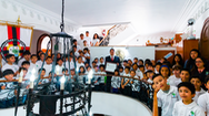 Ngôi trường thần đồng ở Mexico