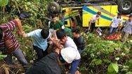 Tin nóng 24G ngày 8-1: Xe chở sinh viên Kiên Giang lao xuống vực ở đèo Hải Vân
