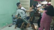 Nhân viên quán hủ tiếu đánh chủ quán thịt dê, náo loạn phố chợ