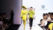 Phụ nữ tự tin, gợi cảm với BST mới của nhà thiết kế Lý Giám Tiền