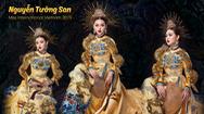 """Giải trí 24h: Á hậu Tường San gây ấn tượng với quốc phục """"Rồng chầu mặt trời"""""""