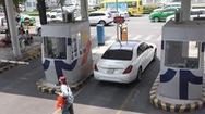 Vẫn quyết thu phí vào sân bay Tân Sơn Nhất