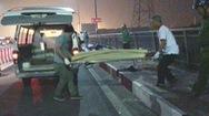 Đi đua xe về, 2 thiếu niên tông vào lề cầu Bình Lợi thương vong