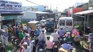 Dân bức xúc vì thường xuyên bị ùn tắc giao thông tại nút cổ chai đường Huỳnh Thúc Kháng